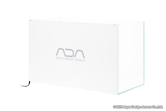 Il logo del logo ADA si trova sul retro dello schermo.