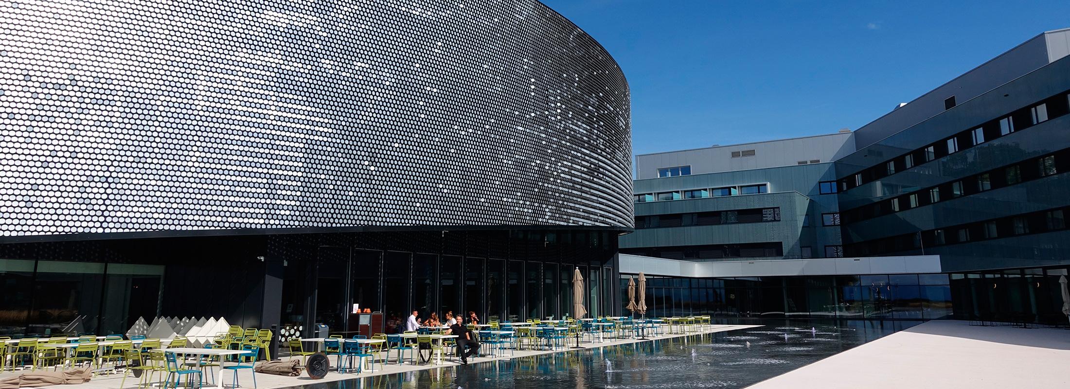 ヨーロッパ最大の淡水魚水族館 「アクアティス(Aquatis)」を訪ねて